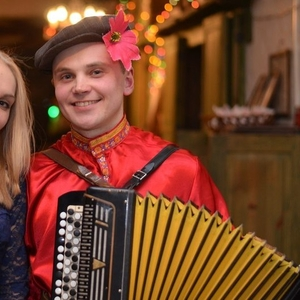 Баянист аккордеонист на ваши праздники музыкант